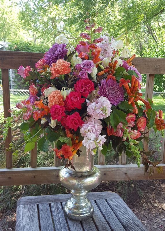 phone-fineline-floral-design-wedding-florist-in-kansas-city-thursday-therapy-allegro-ballroom-1